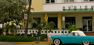 Vintage Wonderland: South Beach